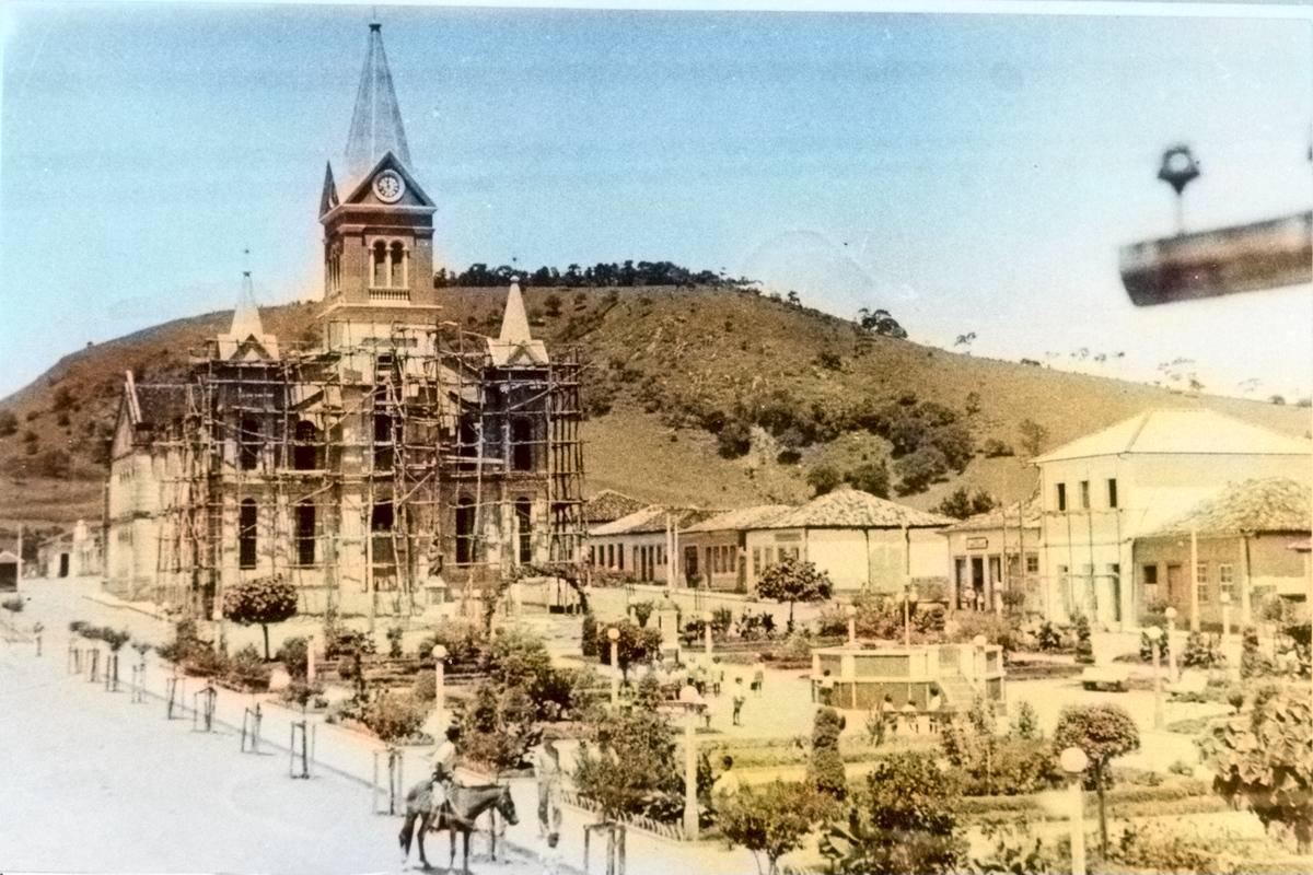 Reforma da Igreja Matriz Nossa Senhora do Carmo em 1950